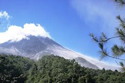 Mendaki Gunung Merapi Via Babadan ( MERVIBA )