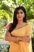 hebah patel cute half saree pics-thumbnail-2