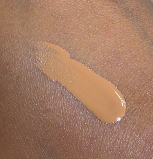 Maybelline Fit Me Matte + Poreless Foundation in 330 Toffee Caramel