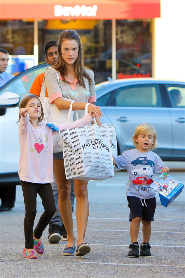 Alessandra Ambrosio and her two children were shopping for Halloween