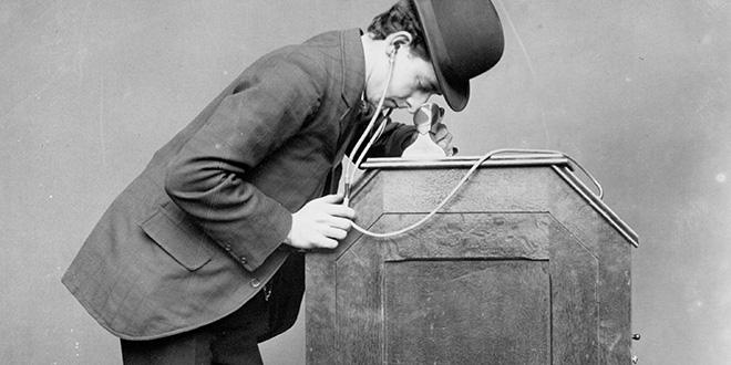 Kinétoscope d'Edison et Dickson
