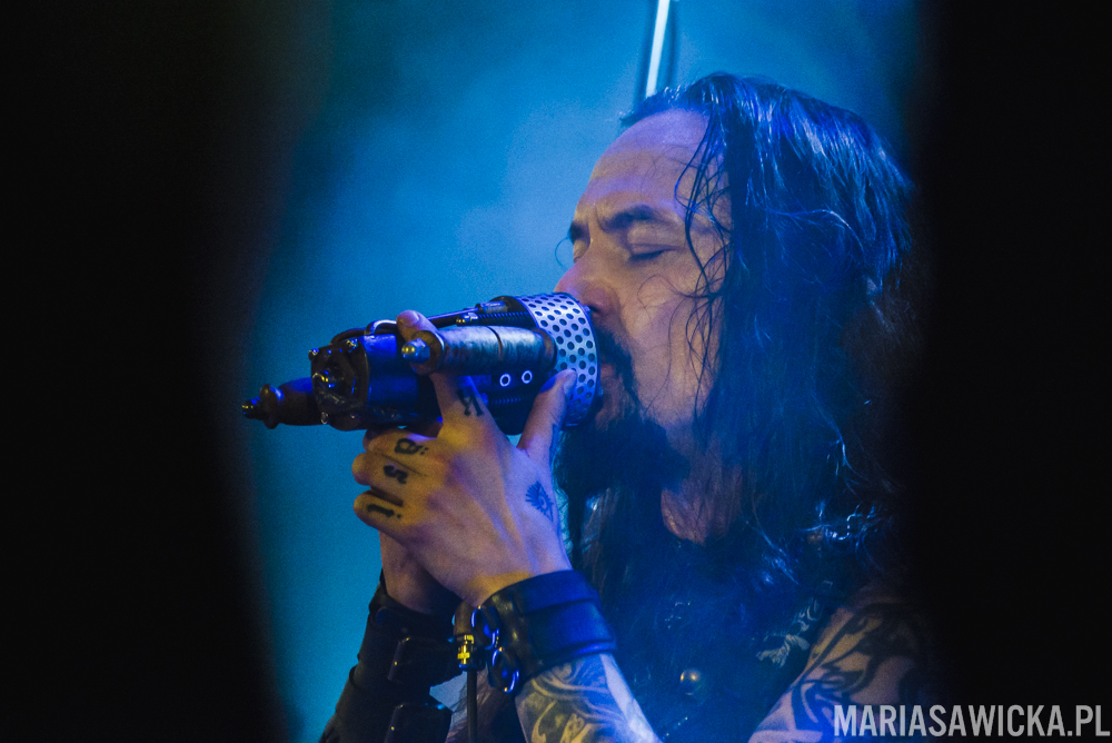 Under The Red Cloud Tour 2016 Amorphis Tomi Joutsen
