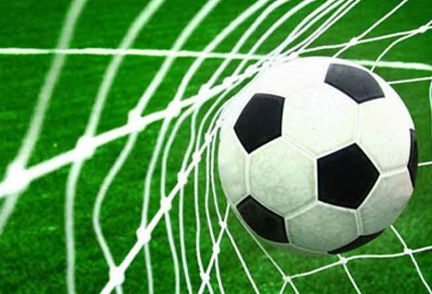 10 Peraturan Penting Dalam Permainan Sepak Bola Freedomsiana