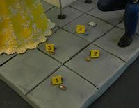 Cake topper personalizzati scena del crimine numerini prove orme magiche