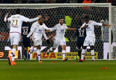 Olympique Lyon gana 4 a 2 a la Roma
