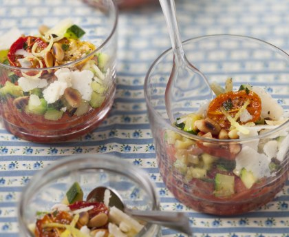 Tomato and courgette tartar in glass jars