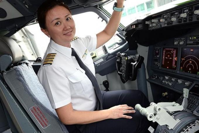 Fly Gosh: Silk Air Pilot Recruitment - Direct Entry First Officer ...