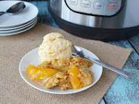 Easy Instant Pot Peach Cobbler Recipe With Only 4-Ingredients