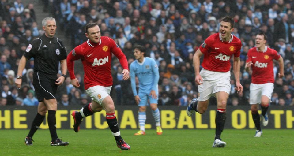 Michael Carrick And Rooney Celebration Vs Mancity