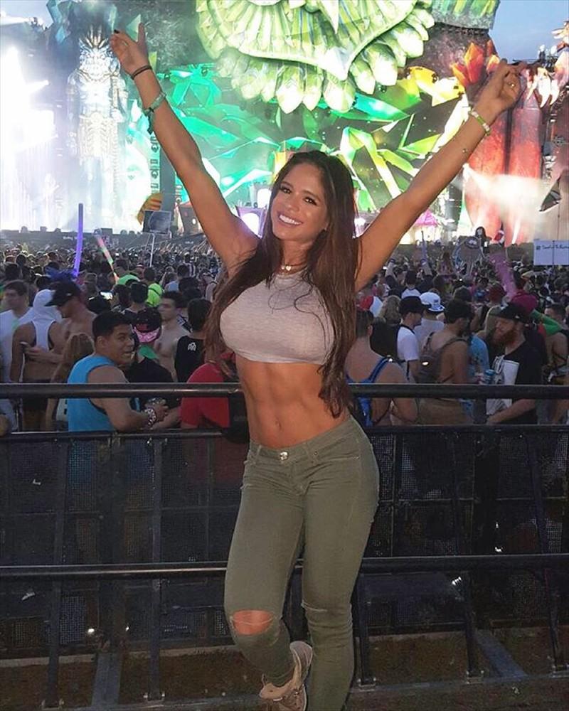 Michelle Lewin Beautiful Body