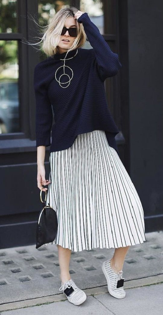 casual style perfection / sweater + sneakers + midi skirt