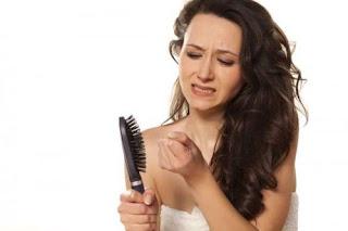 Cara Menghilangkan Rambut Rontok Dengan Cepat