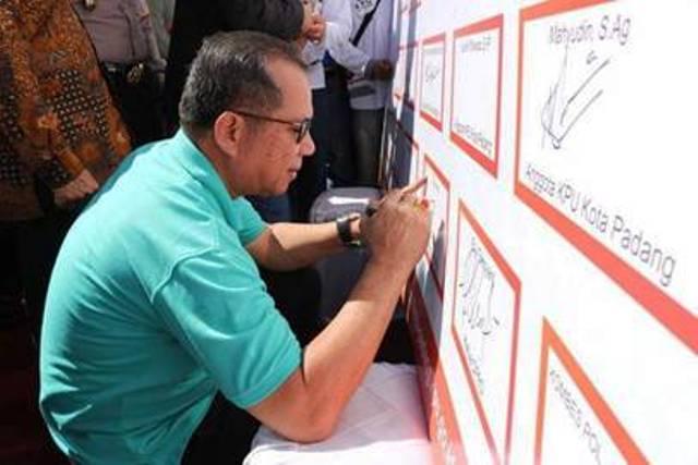 Sukseskan Pilkada Padang , Kesbangpol Kota Padang Sosialisasikan