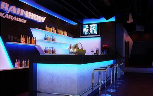 Đèn led dây trang trí quầy bar karaoke