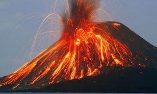 Sinabung Volkanı