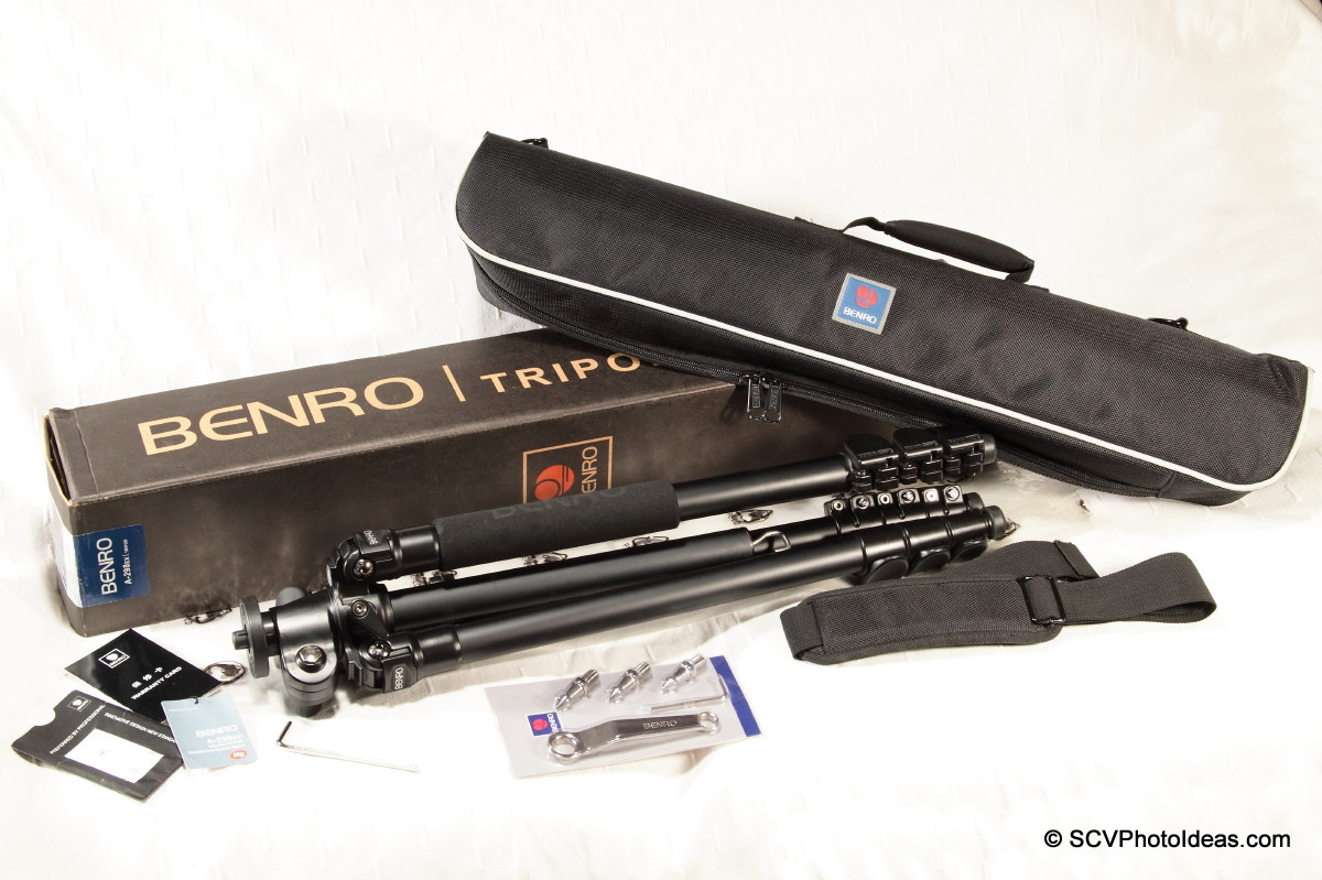 Benro A-298 EX box contents