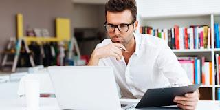 Penting! Berikut Tips Sehat Saat Bekerja di Depan Komputer / Laptop