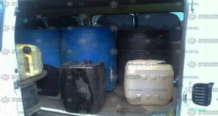 Cae huachicolero con más de 900 litros de gasolina en Teotihuacán.