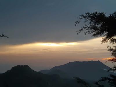 senja ,gunung prau
