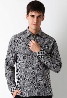 Model baju batik pria modern terbaru untuk remaja