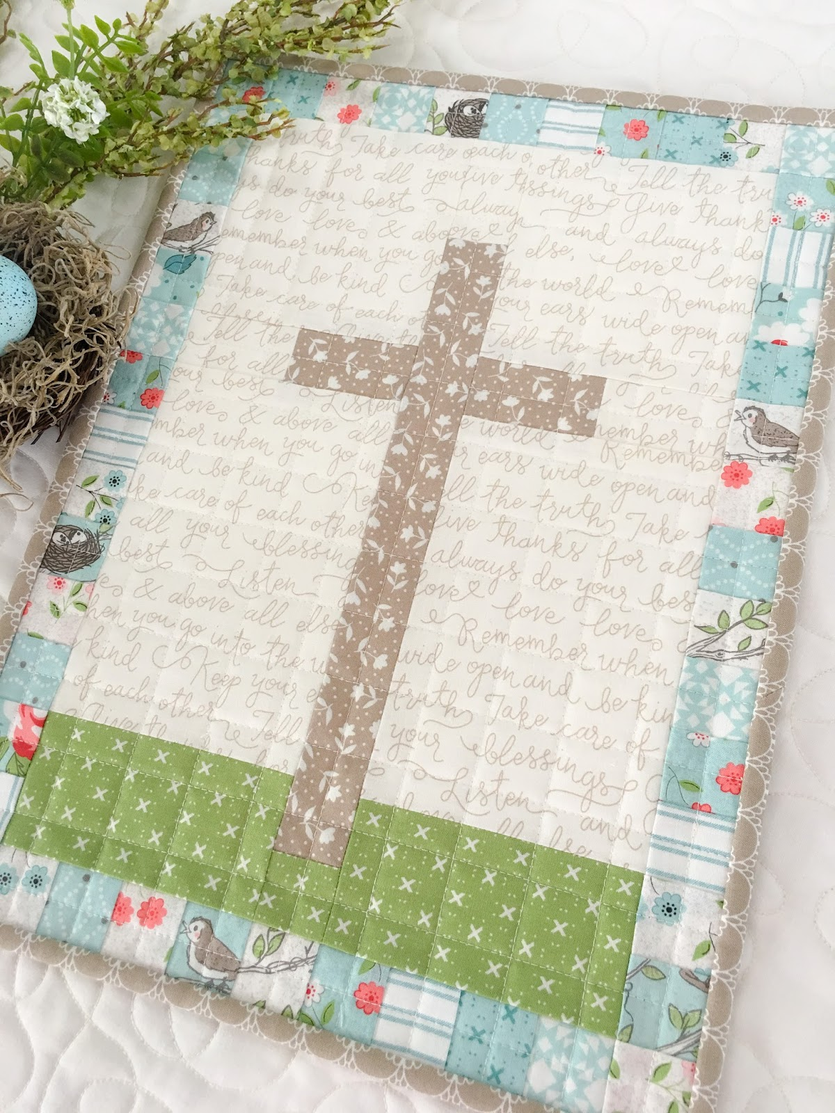Carried Away Quilting Free Mini Quilt Pattern He Is Risen