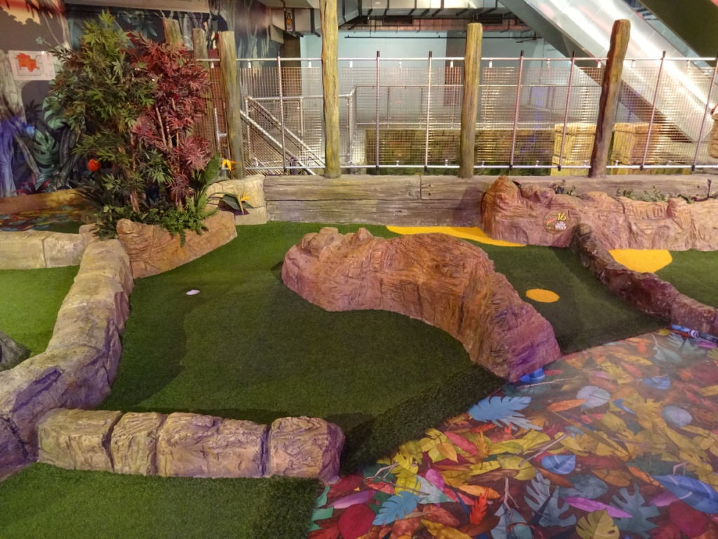 The Ham and Egger Files: The Lost Valley Adventure Golf at Amazonia ...