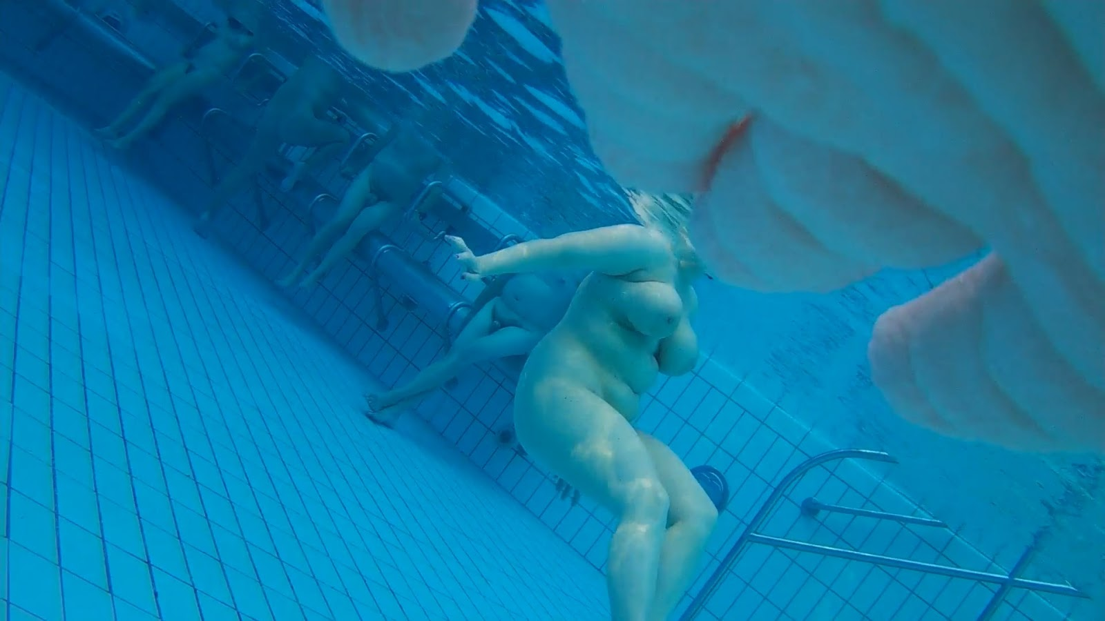 Lovely tan underwater upskirt