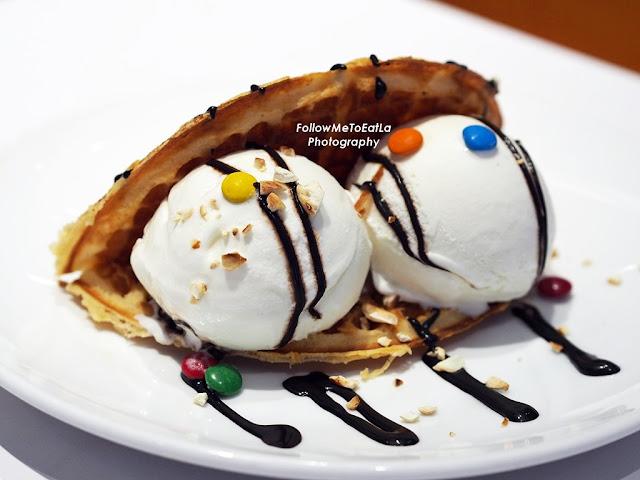 Waffle Foldover RM 14.35
