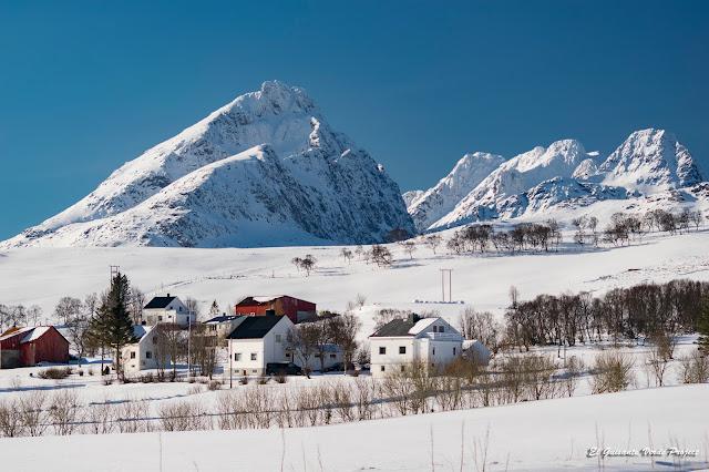 Lofoten, prados de nieve, por El Guisante Verde Project