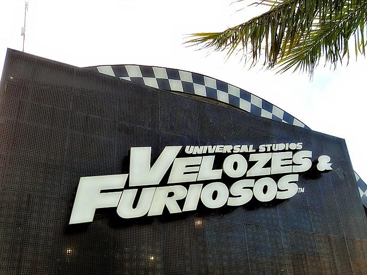 """""""Velozes e Furiosos"""" é o principal show do parque temático Beto Carrero World."""