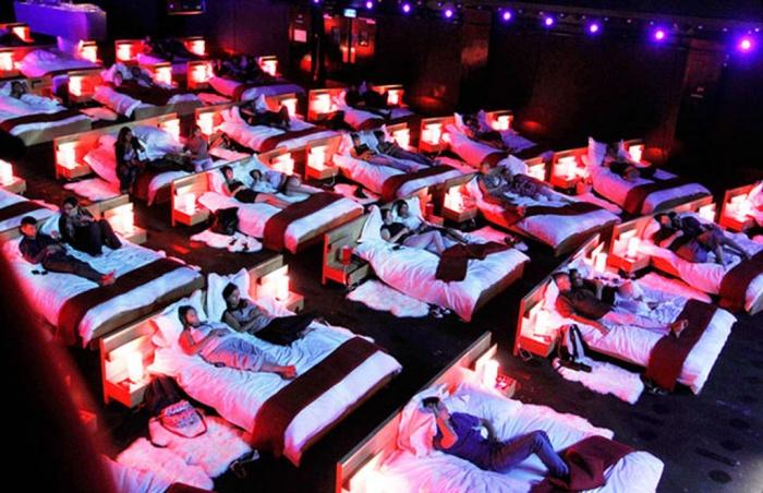 Phát sốt với rạp cinema giường nằm siêu đẳng cấp chỉ có ở Sài Thàn1h