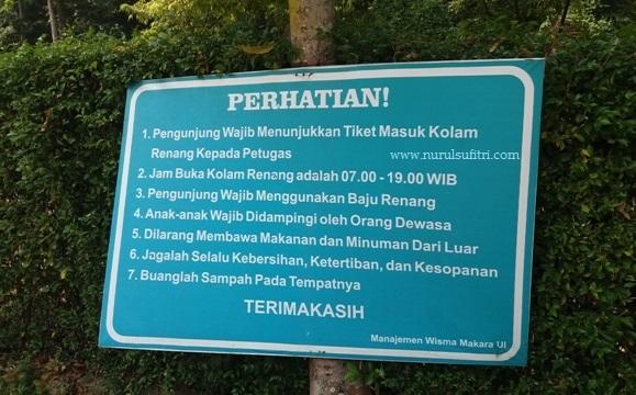papan perhatian bagi para pengunjung kolam renang wisma makara ui universitas indonesia depok nurul sufitri mom lifestyle blogger