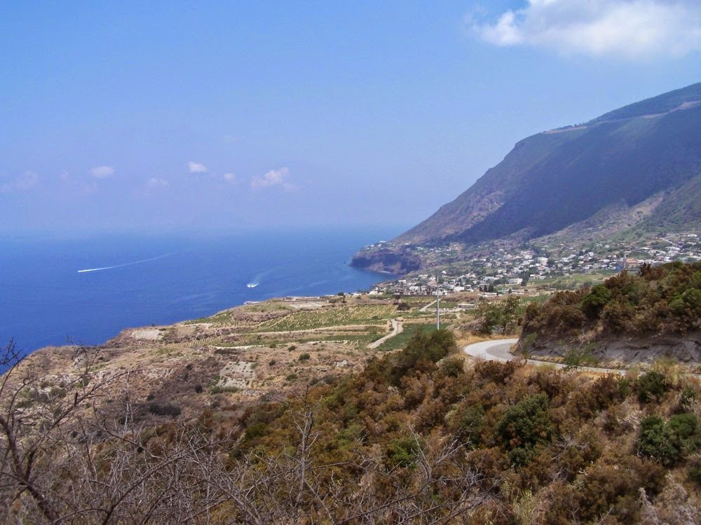 Isola di Salina, Isole Eolie, Isole della Sicilia