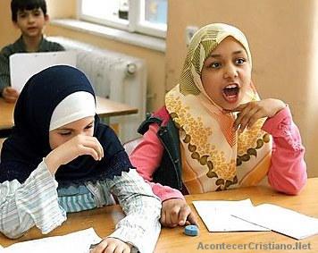 Niñas musulmanes en escuela