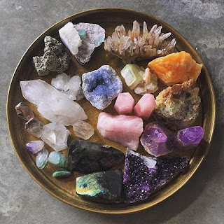 Choosing the right crystal for energy healing is important.