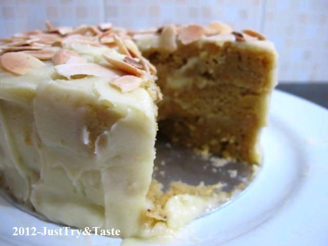 Resep Cake Kukus Ubi Jalar dengan Frosting Coklat Putih