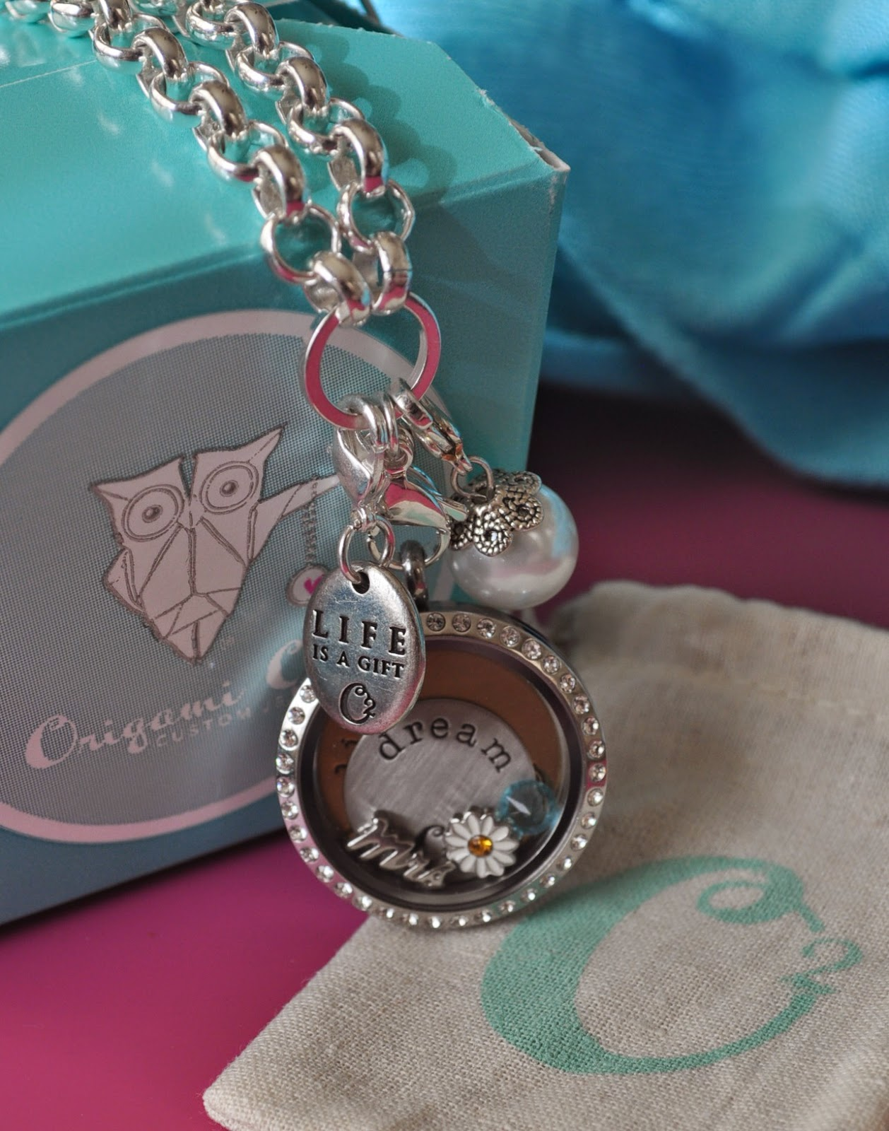 Review & Giveaway: Origami Owl | The Food Hussy! - photo#28