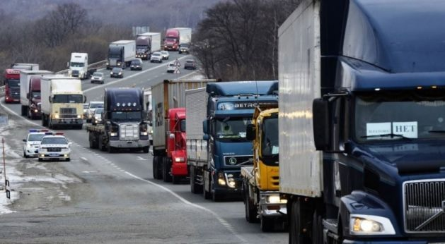 Trucks from Serbia not allowed to enter to Kosovo