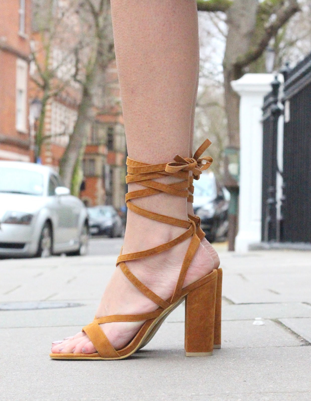 lace up simmi shoes worn by peexo fashion blogger