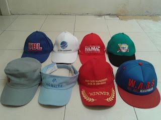 Topi Promosi dengan Bordir atau Sablon Logo