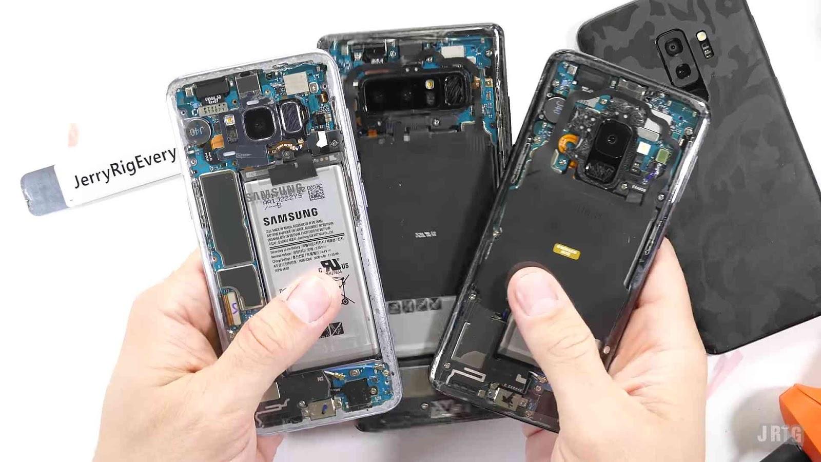a Transparent Samsung Galaxy S9