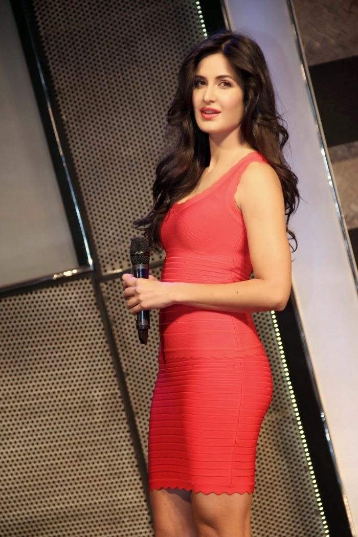Katrina Kaif Hot Event Dhoom 3 Launch Soundtrack - Shiner -6915