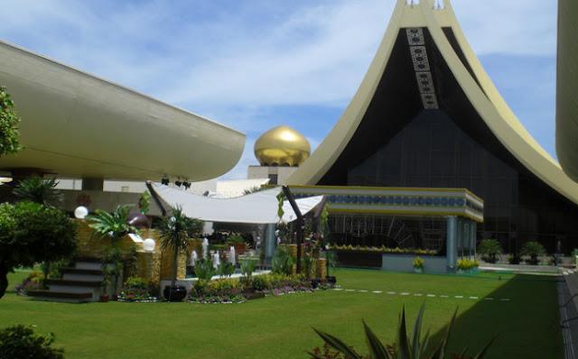 Foto Istana Nurul Iman