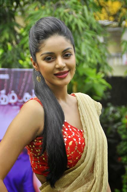 Sanam Shetty Latest Beautfull and Sizzling Photos Gallery