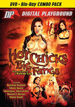 Hot Chicks Big Fangs xXx (2015)
