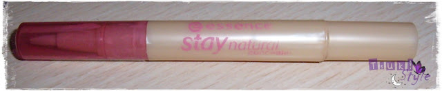 corrector stay natural essence