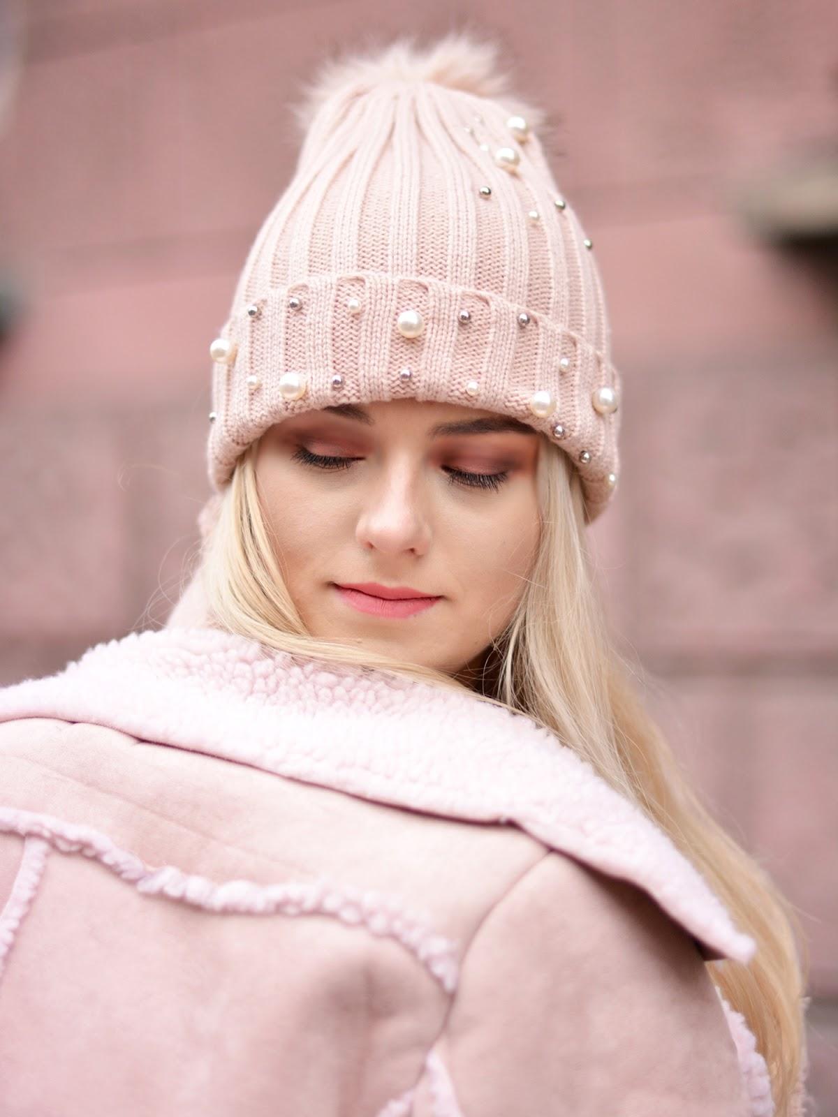 perełki czapka