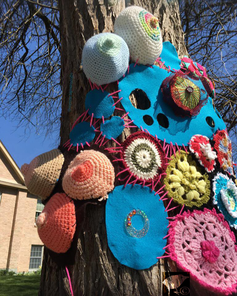 yarnbombing in yellow springs, Ohio