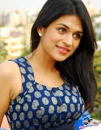 Shraddha Das Profile, Biography, Family Photos, Wiki, Height, Weight, Biodata, Body Measurements, Education, Affairs and more.