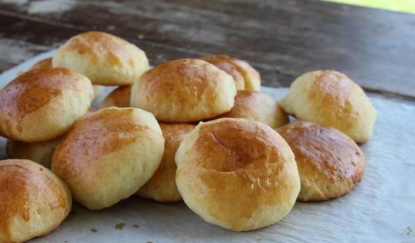 Η συνταγή της εβδομάδας: Τυροπιτάκια... όνειρο στη στιγμή!!! (βίντεο)